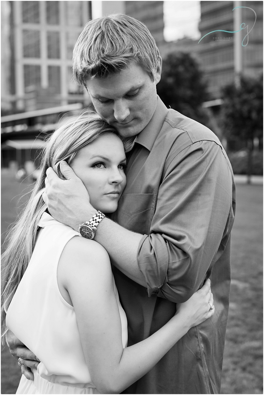 Taking Engagement Pictures in Houston, Texas