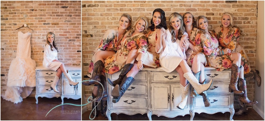 Bridesmaid pictures at The Carriage House