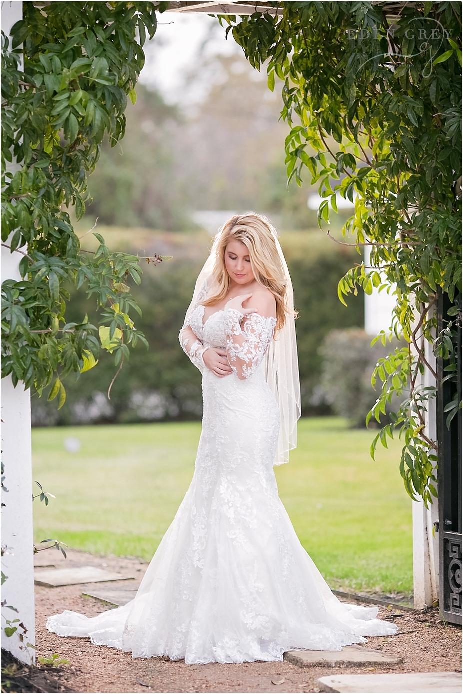 Ashlynn Manor Bridal Pictures