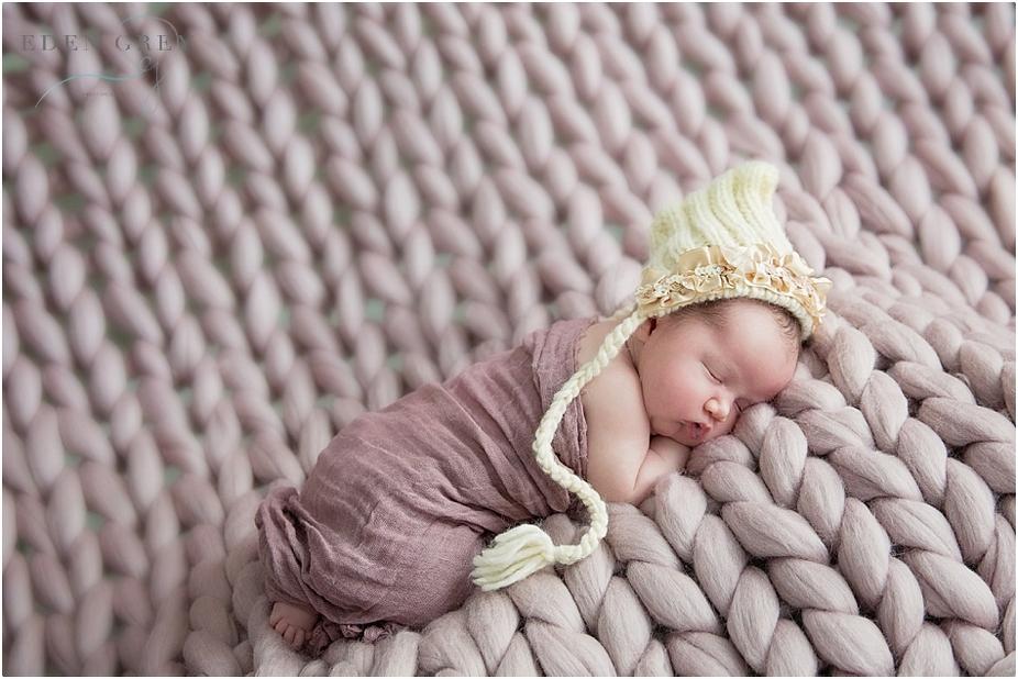 Pearland Newborn Photographers