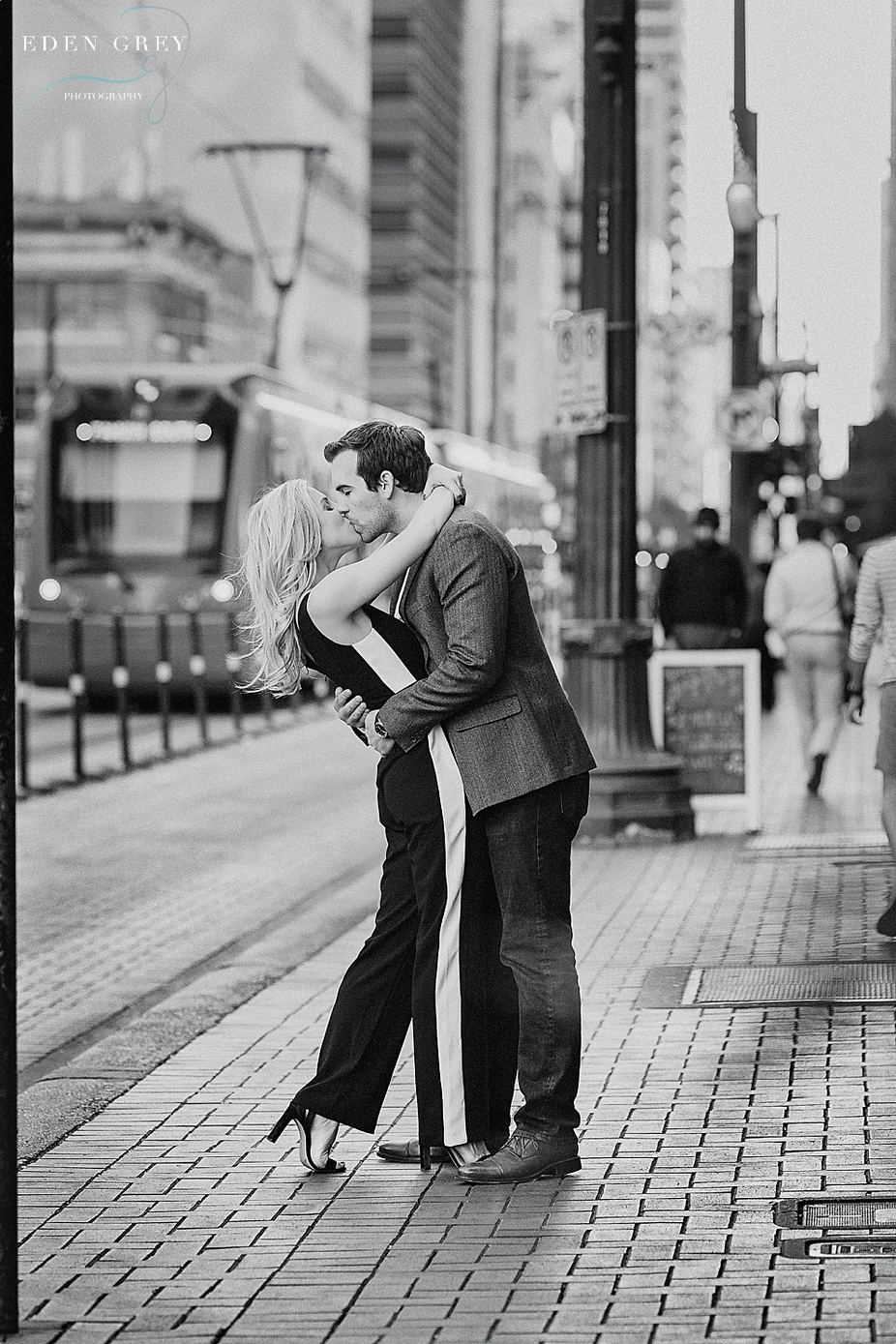 Romantic City Engagement Pictures